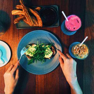 Read more about the article Quel est le meilleur repas la veille d'une course pour le cycliste ?