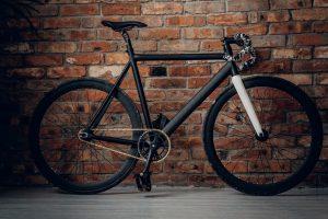 Read more about the article Combien coute un vélo du tour de France ?